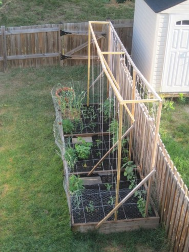 Gardening by the Square foot