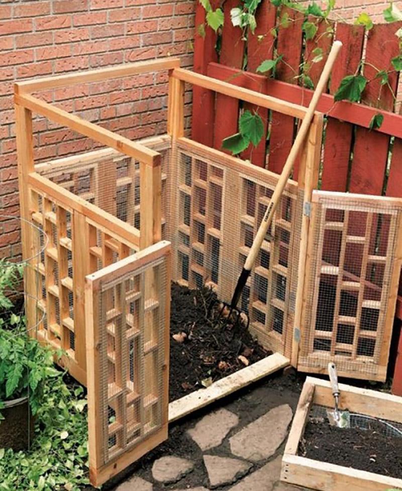 diy stylish compost bin poly world blog. Black Bedroom Furniture Sets. Home Design Ideas